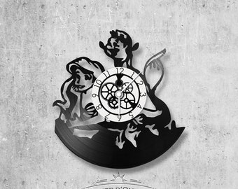 Vinyl record clock 33 rounds theme The Little Mermaid