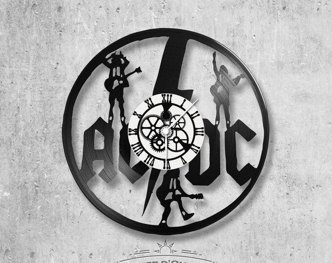 Vinyl record clock 33 rounds ACDC theme
