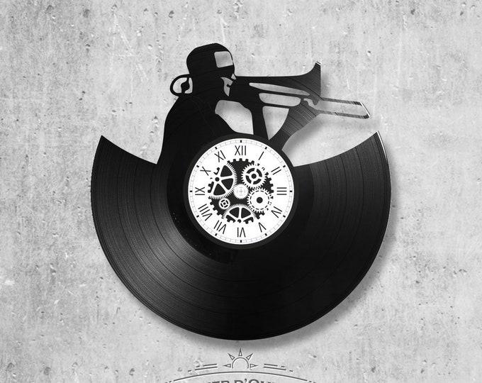 Vinyl disc clock 33 rounds theme Player trumpet