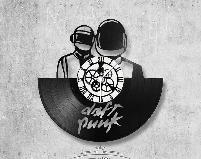 Vinyl record clock 33 rounds Daft Punk theme