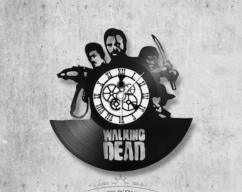 Vinyl 33 clock turns The Walking Dead theme