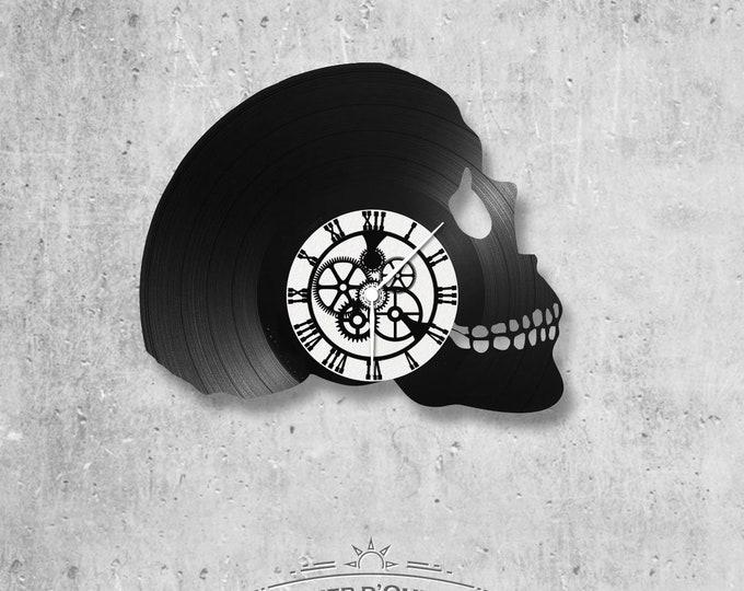 Vinyl 33 clock towers skull theme