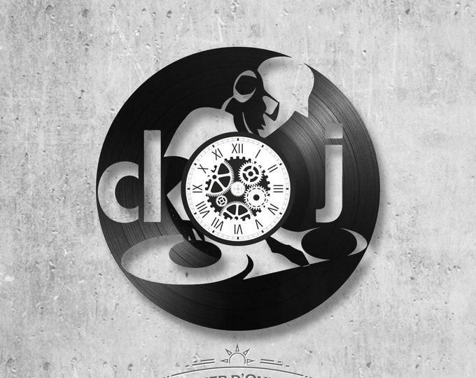 33-round handmade vinyl wall clock/ DJ theme, music, craft, song, party, singer