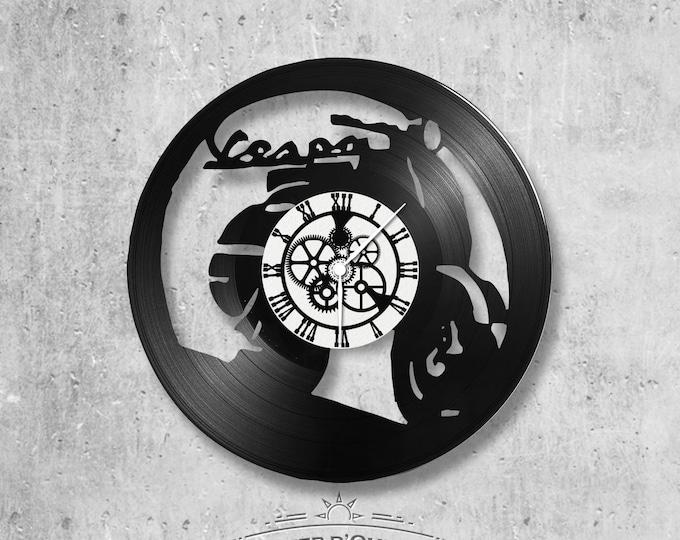 Vinyl record clock 33 towers Vespa theme