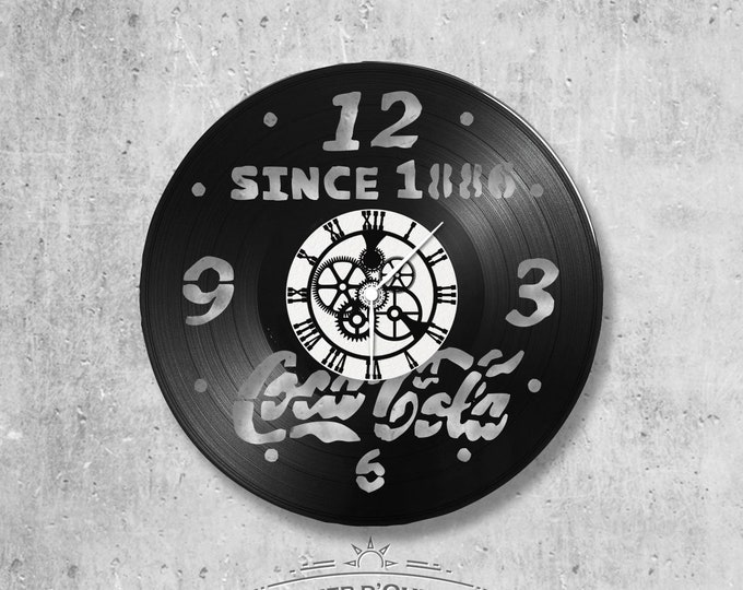 Vinyl record clock 33 rounds Coca-Cola theme