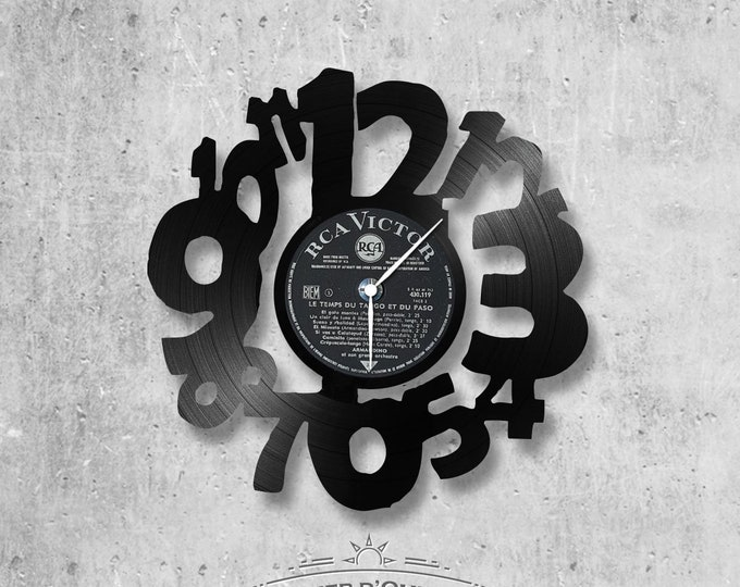 Vinyl 33 clock towers theme Clock