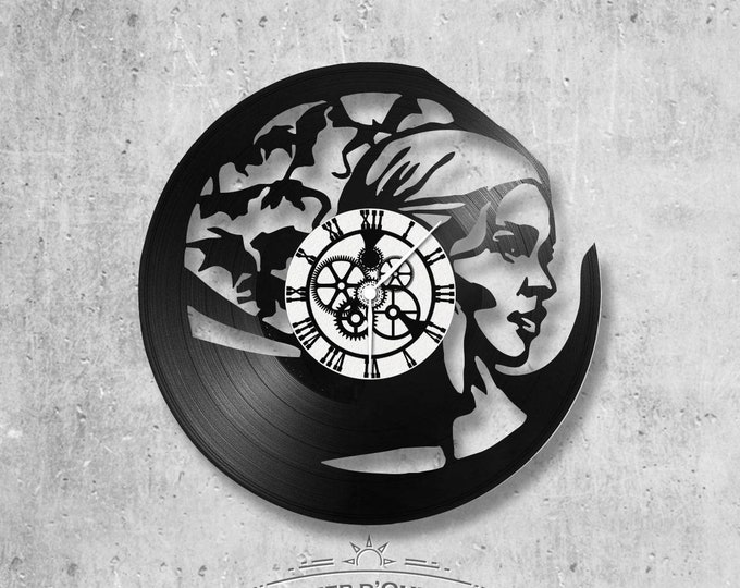 Vinyl record clock 33 rounds GOT theme, game of trone Daenerys