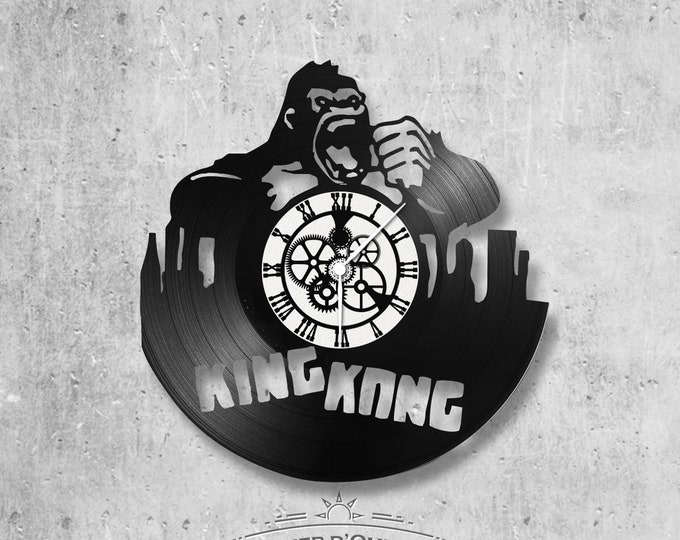 Vinyl 33 clock towers Kong theme