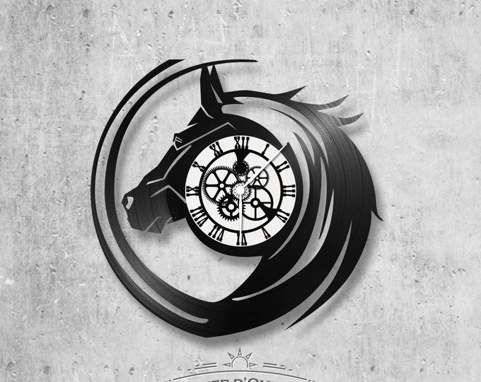 Vinyl record clock 33 rounds theme Horse