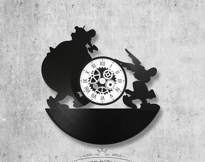 33-turn handmade vinyl wall clock /Asterix and obelix theme, animated dislikes, Goscinny