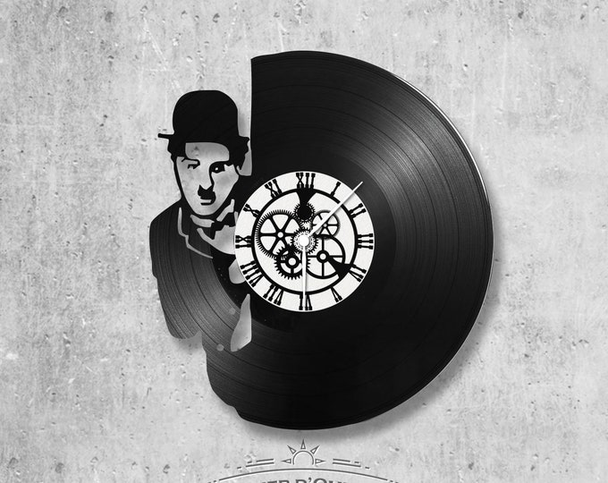 Vinyl record clock 33 rounds Charlie Chaplin theme