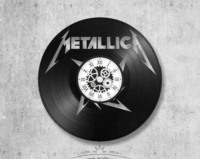 33-round handmade vinyl wall clock/ Metallica theme rock band music