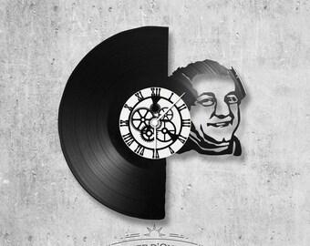 Vinyl 33 clock towers Coluche theme