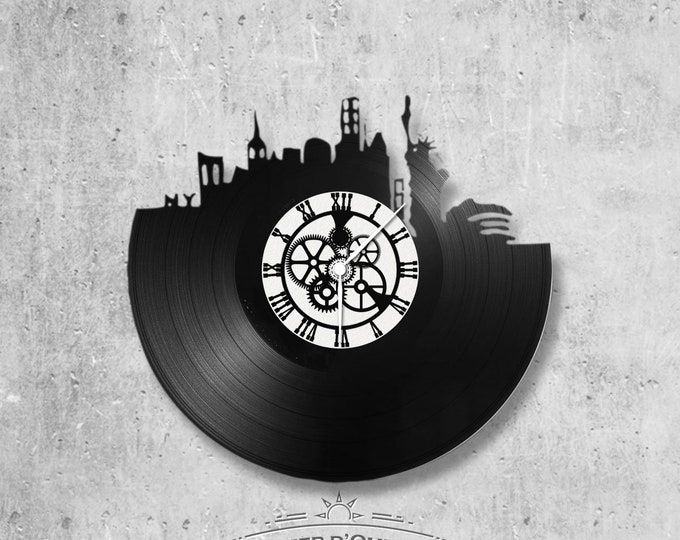 Vinyl record clock 33 rounds theme New York