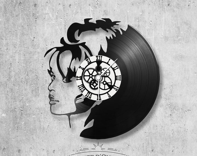 Vinyl 33 clock towers theme Brigitte Bardot