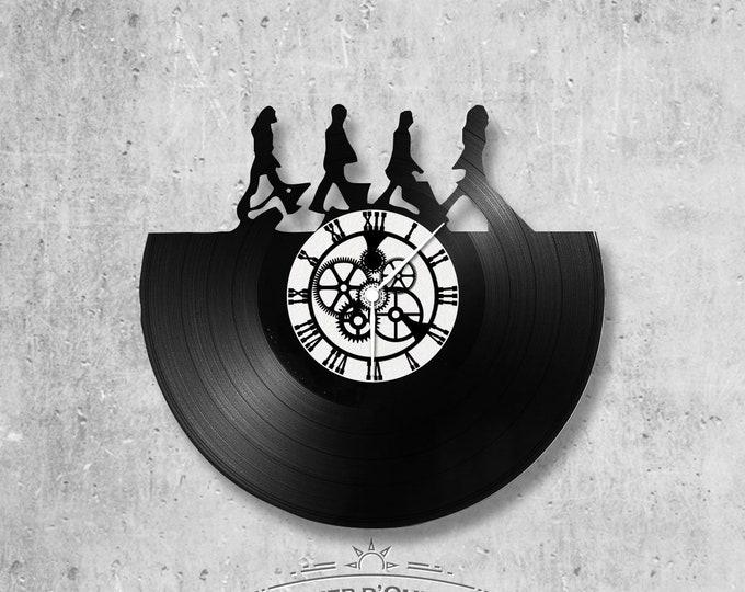 33 vinyl record clock beatles themed rounds