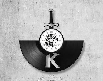 Vinyl record clock 33 rounds Kaamelott theme