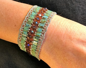 NO 146 Hand Beaded Crystal and Glass Bracelet