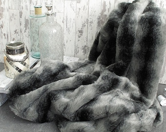 Black Wolf Faux Fur Throw For Bed Or Sofa With Grey Faux Suede Lining In A  Range Of Sizes