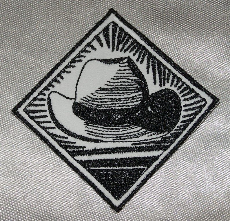 Embroidered Retro Vintage Black /& White Western Cowboy Horse /& Lasso Patch Applique Iron On