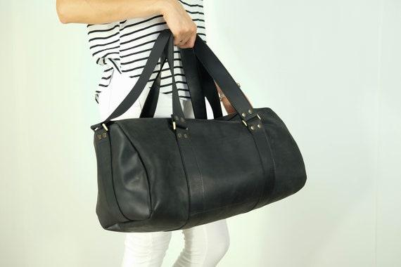 Durable black leather duffel bag Weekender Bag Leather  f1b032faff962