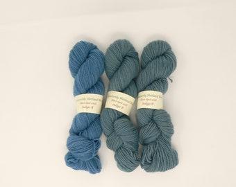 Plant-dyed shetland yarn - indigo