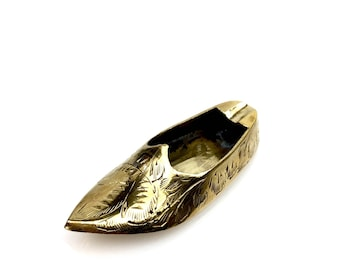 Indian slipper ashtray, Sultan's Slipper in Brass, Exotic Boho Made in India