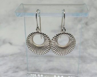 solid 925 silver hooks with pearl drops 500509 stamped 925 Sterling silver handmade earrings Vintage