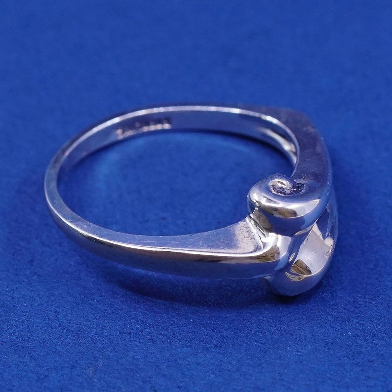 Sterling silver handmade ring 510644 solid 925 silver wide swirly band stamped sterling vintage Size 7.5