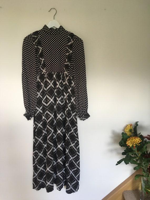 1970s Vintage Marion Donaldson Dress