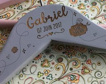 Personalized baby birth wooden hanger / baptism - baby hanger burn - birth gift