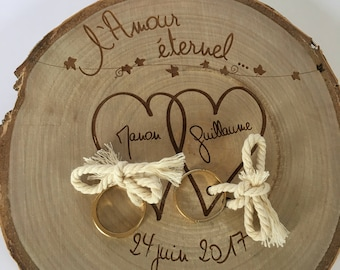 "Ring bearer ""eternal love"" - country Theme - engraved wood log"