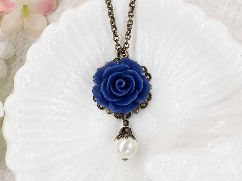 Navy Blue Rose Neckalce Dark Blue Flower Cream White Pearl Pendant Vintage Style Something Blue Romantic Wedding Bridal Bridesmaids Gifts