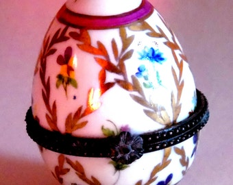 A very collectable porcelain egg