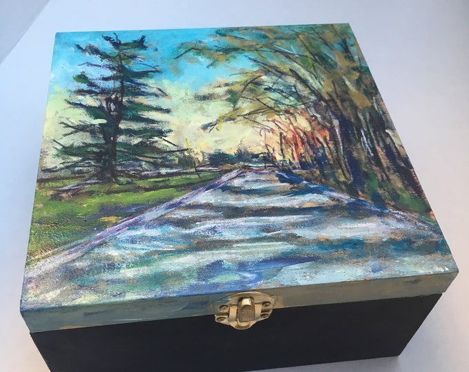 Original Artwork - hand painted - Jewelry box - 18.7 cm x 18.7 cm x 8.6 cm // landscape // trees // Canadian // street - 'on the way'