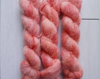 "Hand Dyed Yarn - ""Tomato"" Suri Alpaca Fluffy Fingering weight, Indie dyed yarn, Speckle Sock Yarn 50g skein"
