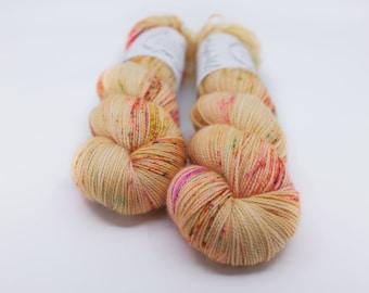 "Ready to Ship, Hand Dyed Yarn - ""Harvest"" Merino Wool Nylon Fingering weight, Indie dyed yarn, Speckle Sock Yarn 100g skein"