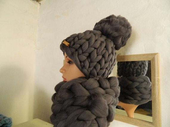Grey Chunky Hat Winter Hat Pom Pom Womens Hat. Thick Wool  399ea3ed2f9