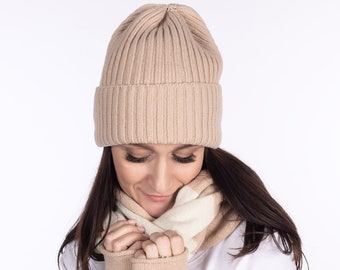 a7fb3a4240f Women cashmere hats - knitted cachemire beanie - merino wool beanie - light  camel knit unisex slouchy beanie - adults winter hat - knit wool