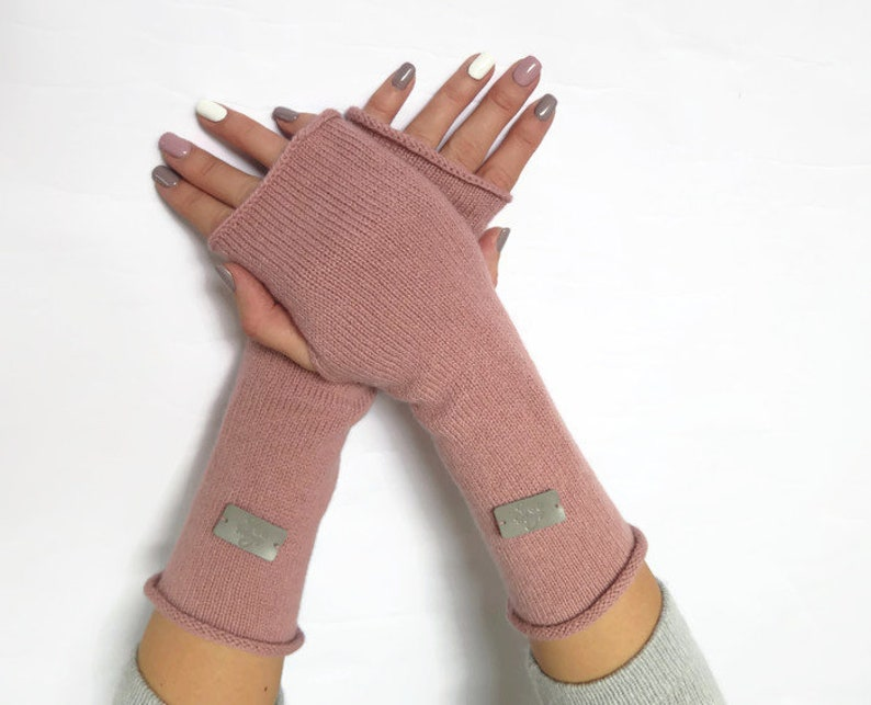 ebe42487bc064b Strick Kaschmir-Wolle-Handschuh Frau fingerlose | Etsy