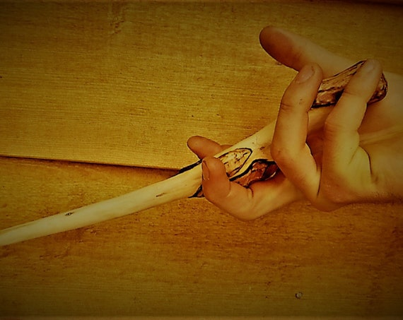 Raven's Claw. Hand Carved Real Wooden Wand. Harry Potter Inspired. Daniel Hubatch. Hand Carved Wands. Original Designs. Daniel Cruz.