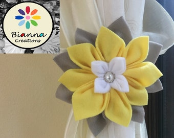 Handmade Kanzashi White, Gray and Yellow Flower Curtain Tieback, Baby Shower Present, Nursery Room Decoration, Floral Home Decor