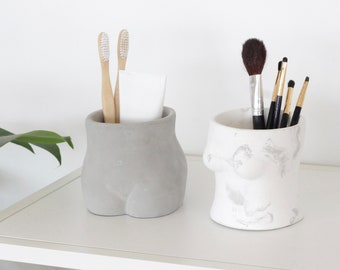 Female Body Bathroom Accessories and Toothbrush Holder