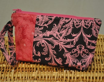 Mini clutch (chocolate and pink fleur de lis)
