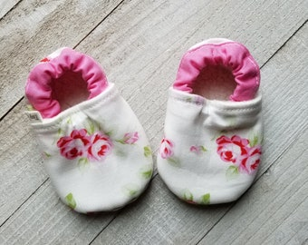 674e94a28345 Pink rose baby shoes