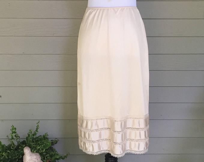 Vintage 1970s Sears Half Slip, Nude Beige Slip, Women's Size Medium, Vintage Lingerie