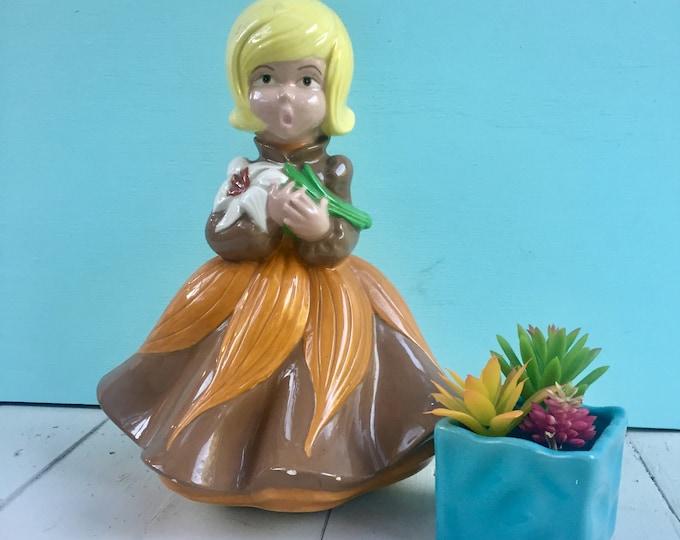 Vintage Retro Girl Statue, Vintage Atlantic Mold Girl Statue, Vintage Mod Girl Statue, Vintage Retro Collectible