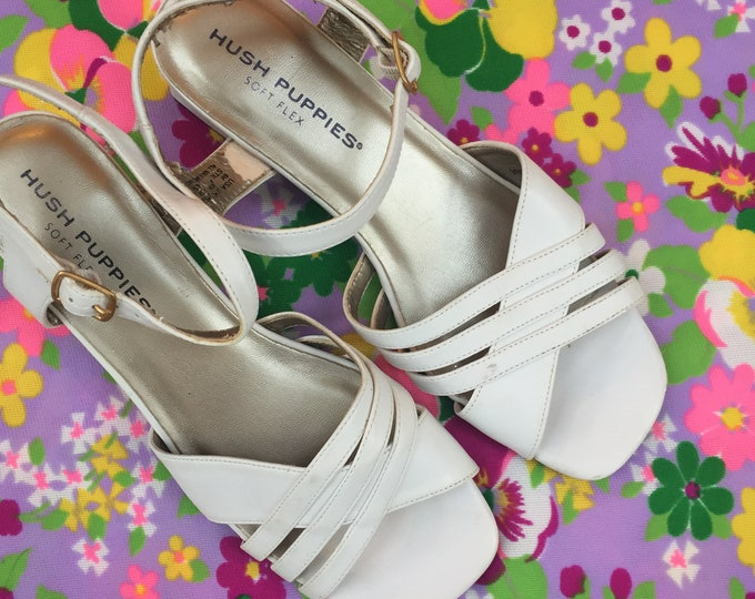 Vintage Hush Puppies Sandals, Women's Size 6, Vintage White Sandals, Vintage Sandals with Block Heel, Retro Sandals