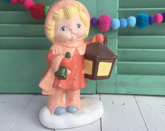 Vintage Christmas Caroler Statue, Vintage Caroler Figurine, Vintage Christmas Decor, Vintage Holiday Decoration, 1970s Holiday Decor
