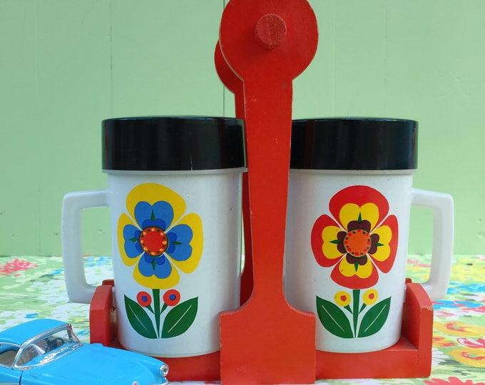Vintage Mod Ceramic Cups in Wooden Carrier, Retro Mugs, 1960s Flower Power Kitchen Decor, Mod Kitchen Accessories